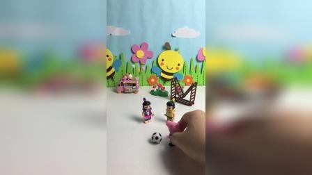 葫芦娃也想踢足球!