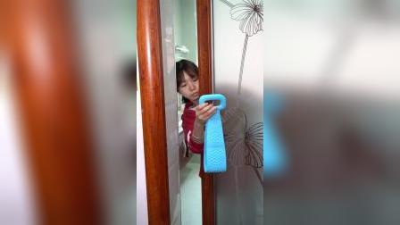 这个硅胶搓澡巾,这样洗澡干净又舒服,男生女生都能用