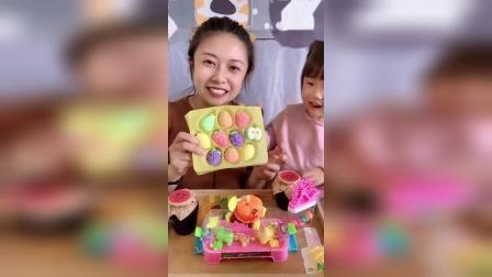 糖果小屋:妈妈在偷吃可可的糖啦