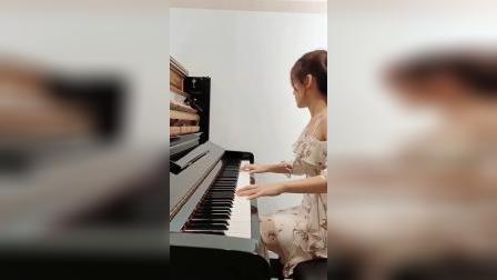 梁祖仪 钢琴演奏