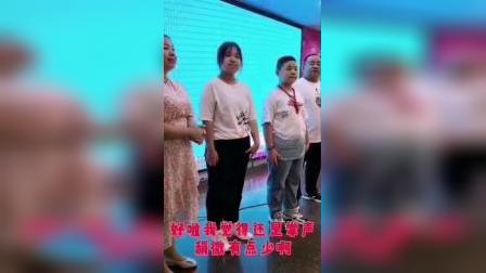 李梓轩12岁生日宴会拼接。