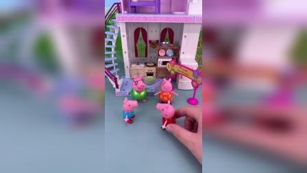 玩具小故事-小猪佩奇的生日礼物