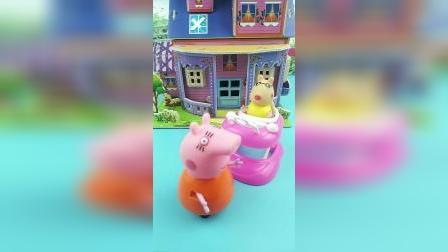 少儿亲子玩具:猪妈妈阻止了僵尸抓佩德罗