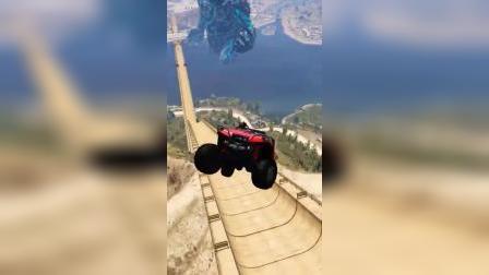 蜘蛛侠开越野车挑战,太酷了