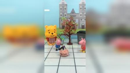 少儿玩具:佩奇把乔治蛋糕都吃了