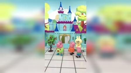 少儿亲子玩具:猪爸爸和猪妈妈闹别扭了