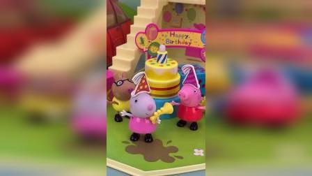 小猪佩奇玩具故事-佩奇的礼盒