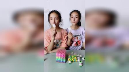 小朋友你们觉得双胞胎姐妹回答的对吗?