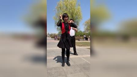 滨芳兄妹广场舞