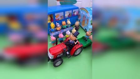 少儿玩具:佩奇专属跑车