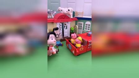 玩具故事:猪妈妈是消防员?