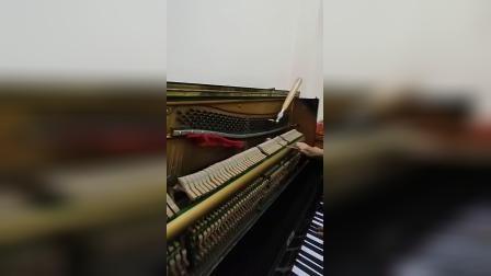 我在心思悦调钢琴