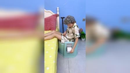 这款可移动马桶,孕妇、小孩、老人都能用、方便实用