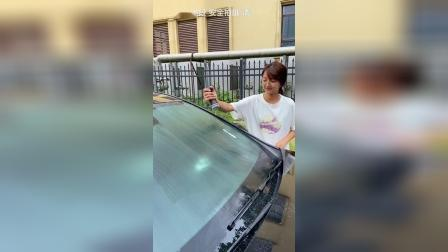 玻璃油膜总是模糊看不清,用它,玻璃透亮,视线清晰,行车安全