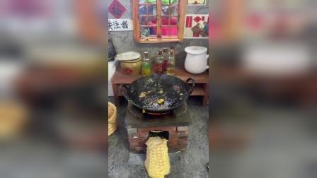 自己种的玉米就是好吃!