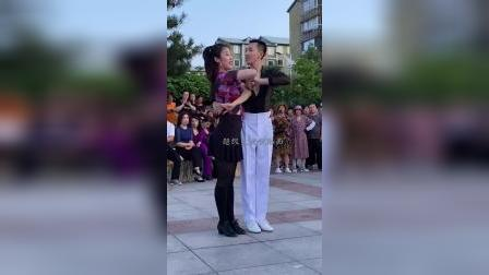 姐弟共舞,好美!