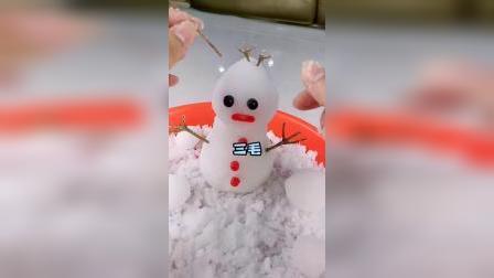 从没有见过雪的南方人,居然可以自己制造