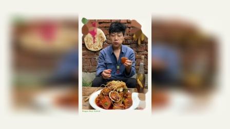 美食短片:传说中的铁钉、鲍鱼炖红烧肉隆重登场