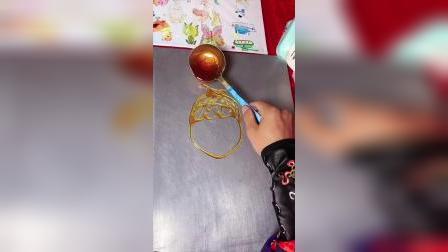 让小朋友感受中国糖画的魅力