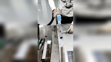 赛-硕风冷手持激光焊方管焊接