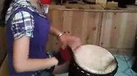 凤凰美女手鼓音乐《走天涯》